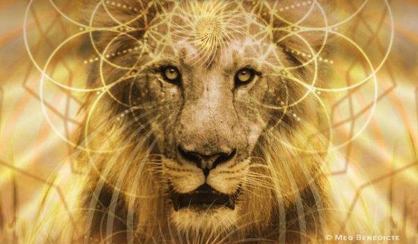 荘厳なライオンのゲート