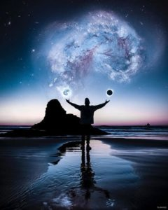 神の存在が圧倒する by アークトゥルス